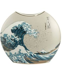 """Фарфоровая ваза """"Большая волна"""", декорирована золотом."""