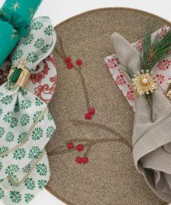 """Набор из двух металлических колец для салфеток с разноцветным декором  """"Кузнечик, цвет малахит"""" Joanna Buchanan"""