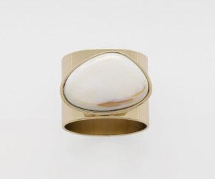 """Набор из двух металлических колец для салфеток с разноцветным декором  """"Перстень, цвет жемчуг"""" Joanna Buchanan"""