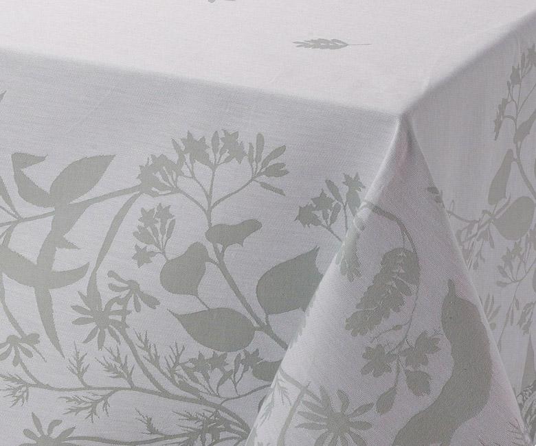 """Хлопковая серая прямоугольная скатерть из длинных волокон """"Herbes folles"""" 150x220 см Le Jacquard Francais (Франция)"""